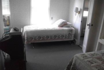 guestroombefore